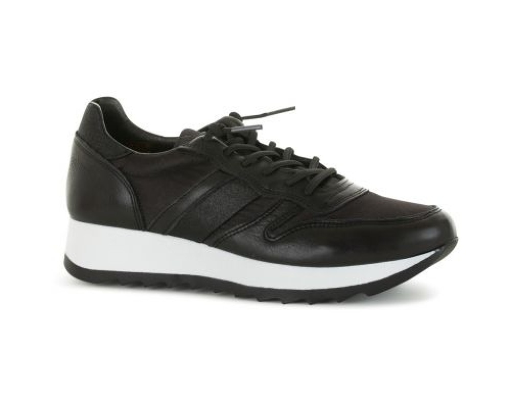 AMUST sneaker sort