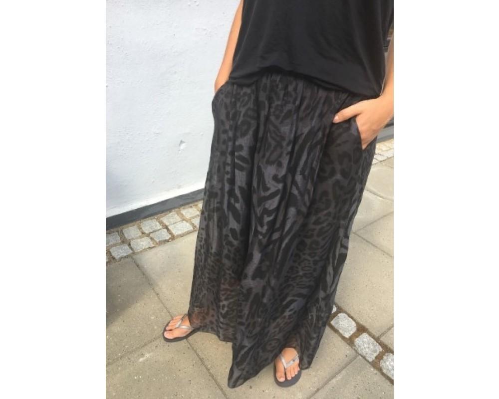 Black Colour Maxi Skirt