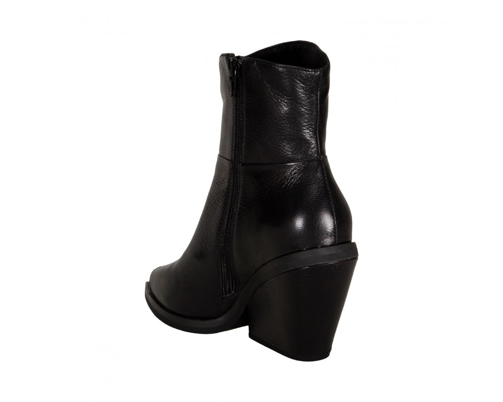 sofie schnoor støvle sort med metal snude