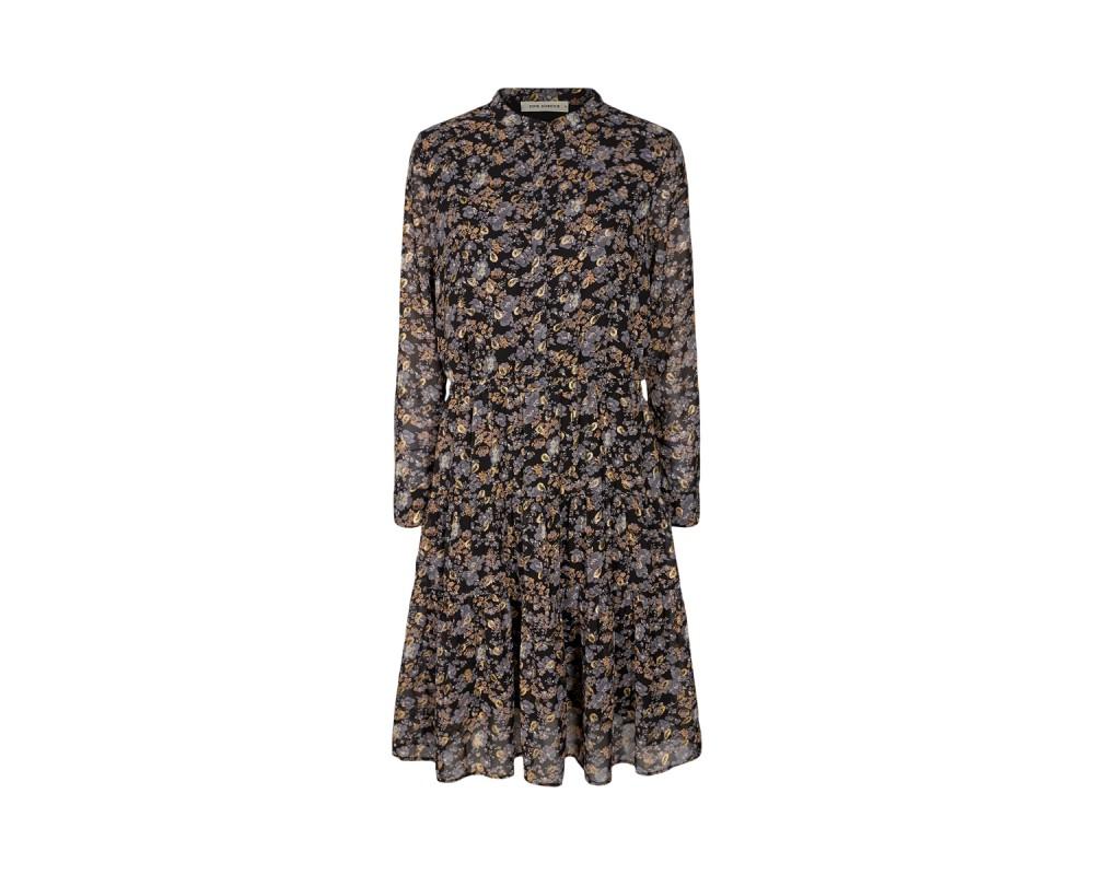 kjole med blomsterprint sofie schnoor