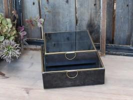 Box med messing detaljer fra Chic Antique