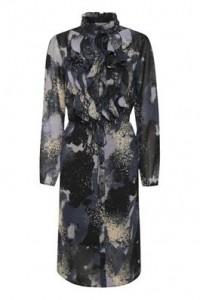 kjole med flæser blå saint tropez