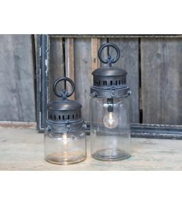 Franske Stald lanterner på batteri med pære og timer fra Chic Antique