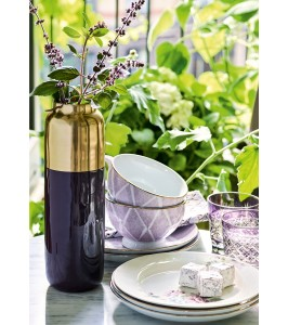 Stilfuld GreenGate vase i sort med guld