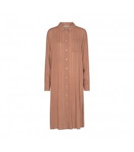 lang skjorte rosa brun sofie schnoor